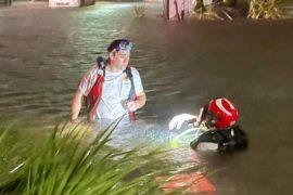 Tropical storm ravages South Florida