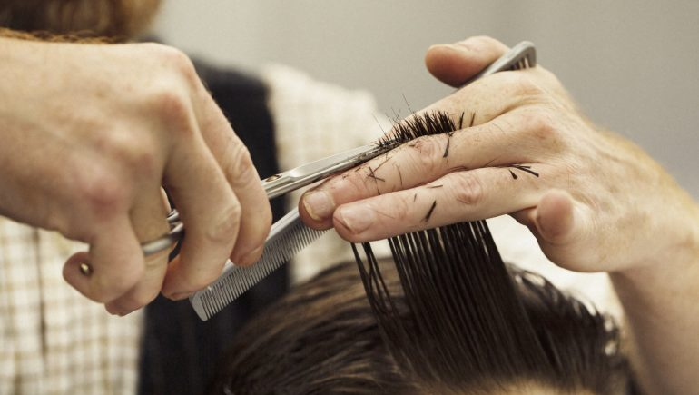 Hairdressers want to stay on the fourth level of the plan