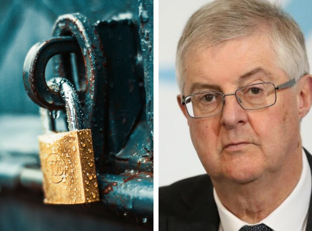 When will Wales move out of the lockdown after Christmas?