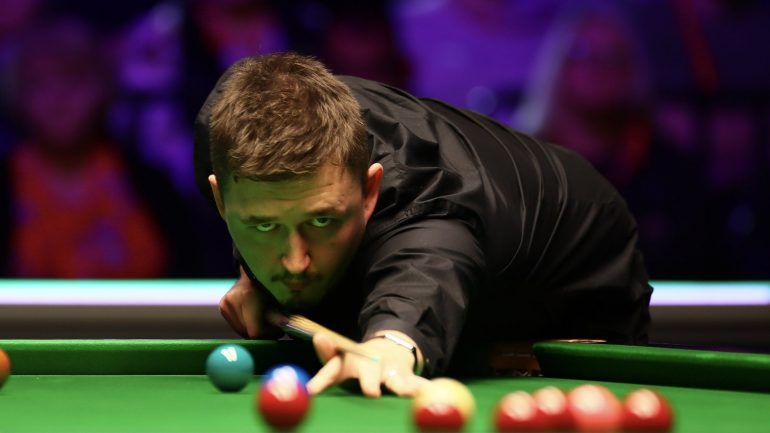 Wilson and Selby reached the UK Championship on the 16th