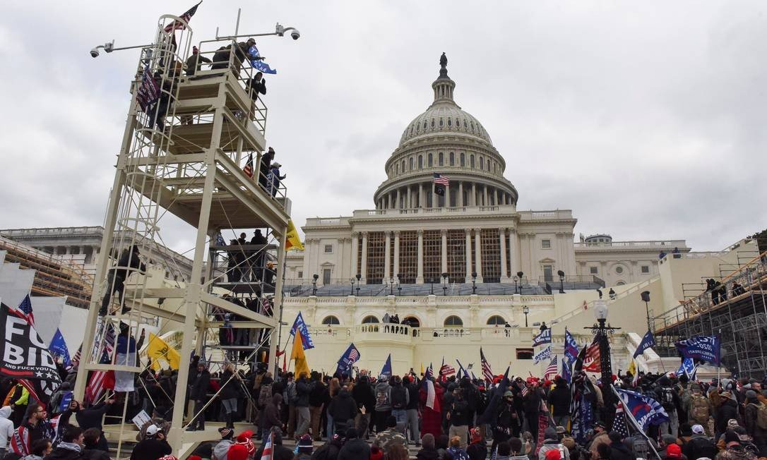 Trump supporters flock to Joe Biden's inauguration rally to protest Democrats' victory in presidential election Photo: STEPHANIE KEITH / REUTERS
