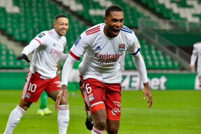 Lyon defender Marcelo Saint-Etienne won the brace.
