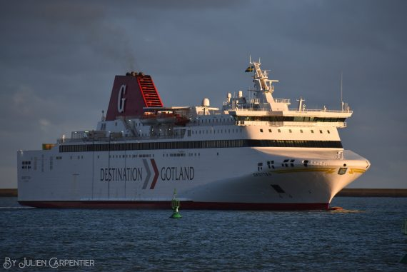 DFDS: Droton arrives in Dunkirk for line to Ireland