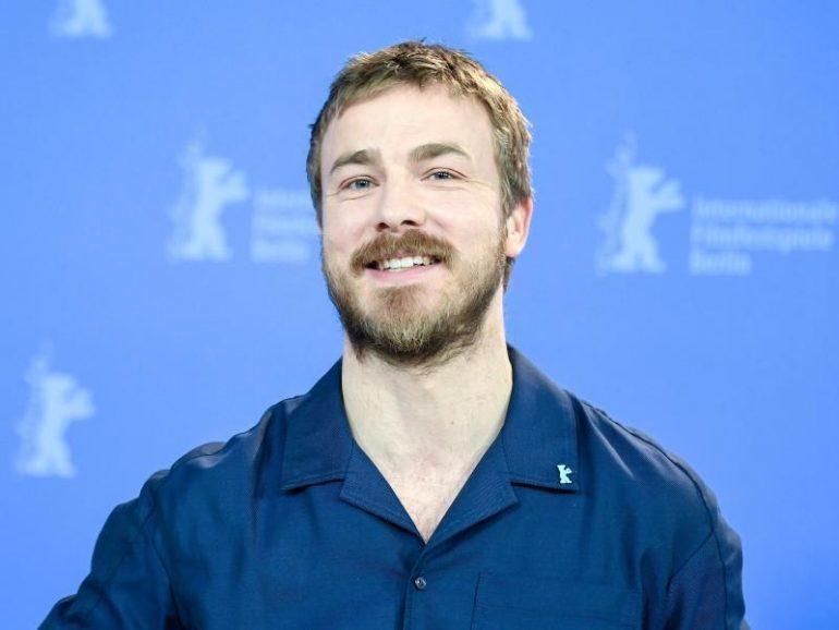 "Albrecht Schuch becomes a European ""shooting star"" - culture and entertainment"