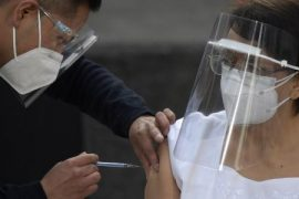Mexico seeks to resolve Fischer vaccine shortage with other suppliers - 01/18/2021