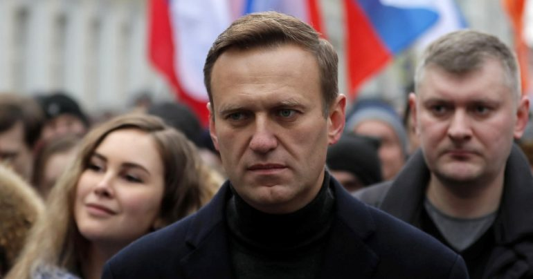 """Navalny was arrested shortly after arriving in Moscow 5 months after consuming the poison: """"This is my house, I'm not afraid"""".  Biden, EU leaders: """"He must be released."""""""