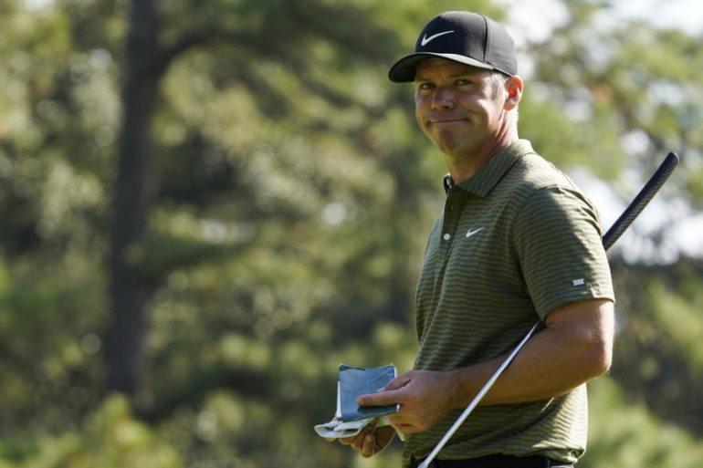 Paul Casey leads the Dubai Desert Classic 2021.  Migliosi and other Italians land - OA Sport