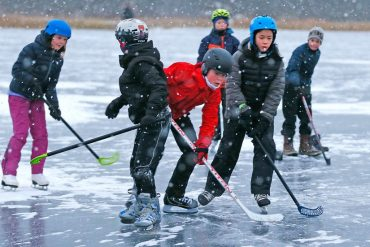 Predict a good week for Trom ,s residents who love skating and school