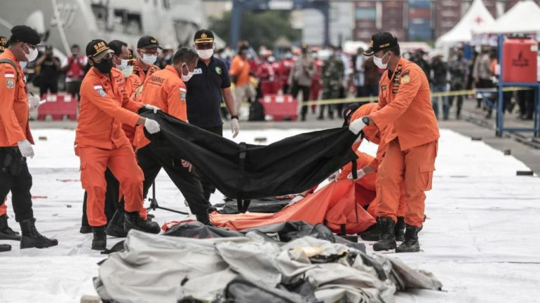 Video - Boeing 737 crash in Indonesia: Localized black boxes, no hope of survivors found