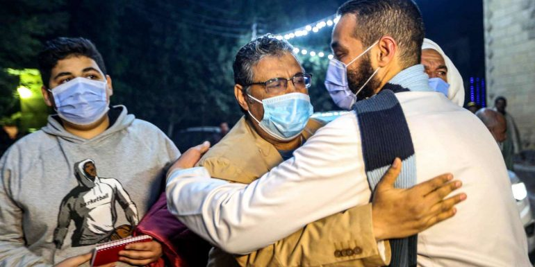 Journalist Mahmoud Hussein released after four years in pre-trial prison in Egypt