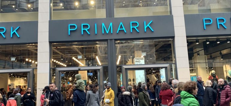 """Primark St.-Etienne: """"Real Life"""" Advertising Campaign"""