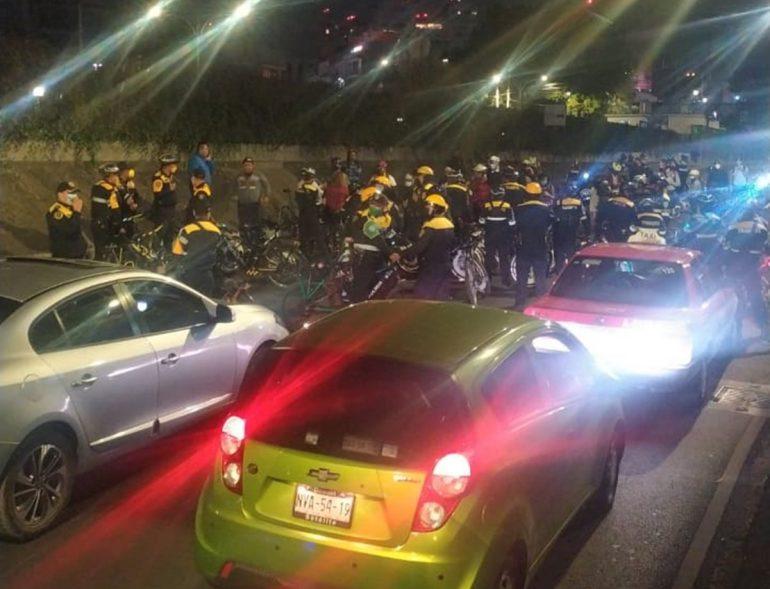 Policías capitalinos se enfrentaron con ciclistas que se manifestaban por las recientes muertes en accidentes viales