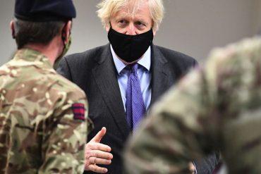 Le premier ministre britannique Boris Johnson lors de son déplacement en Ecosse, ici à Glasgow, 28 janvier 2021.
