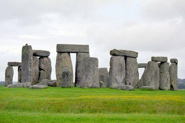 """Stonehenge is """"second hand"""" and was originally from Wales- Courier.it"""