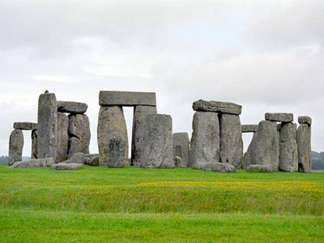 "Stonehenge is ""second hand"" and was originally from Wales- Courier.it"