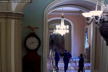 The moment Romney escapes from the rebels, in front of Senate cameras