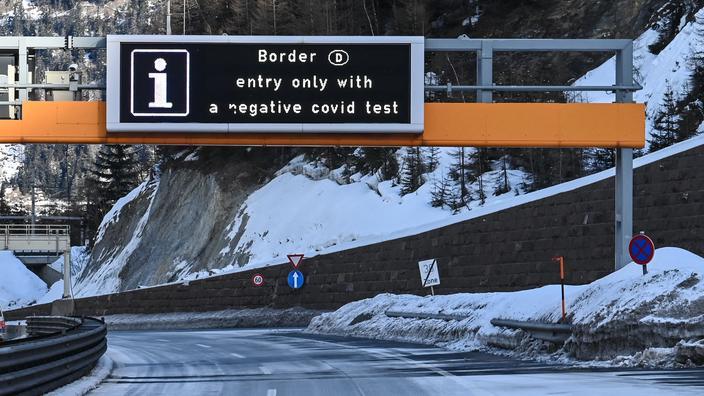 Un test négatif au Covid-19 est exigé depuis dimanche des chauffeurs de poids lourds pour entrer en Allemagne depuis le Tyrol.