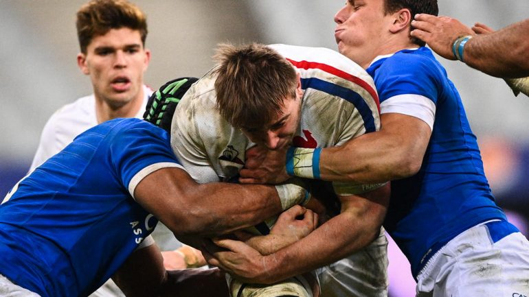 Why two changes were made to France's XV after the incident in Italy