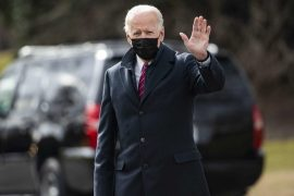 """Kovid, USA: Texas and Mississippi remove liability for masks 