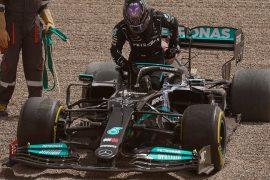 Lewis Hamilton defeats Mercedes, Daniel Ricciardo is the fastest