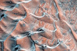 Mars Recognition Orbiter Shocking image of IC Sand Dunes on Mars