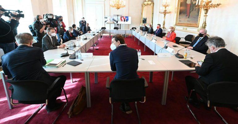 3 3.3 billion for Austria