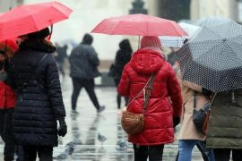 Cold, Snowfall in the Alps, and Spring: Weekend Weather
