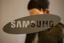 Dex ... Samsung platform converts a mobile phone into a home computer