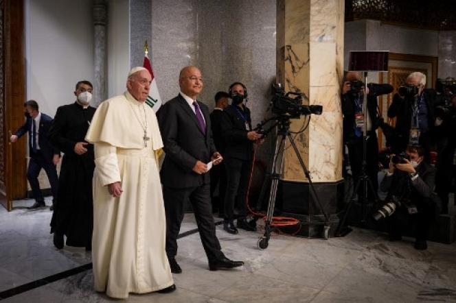 Pope Francis (left) with Iraqi President Berham Saleh on March 5, 2021 at the Presidential Palace in Baghdad.