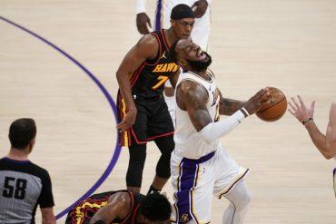 NBA Basketball - LeBron James screams in pain - Sports