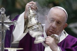 """Pope's Big Scissors: The word """"end"""" to the Ratzinger era"""