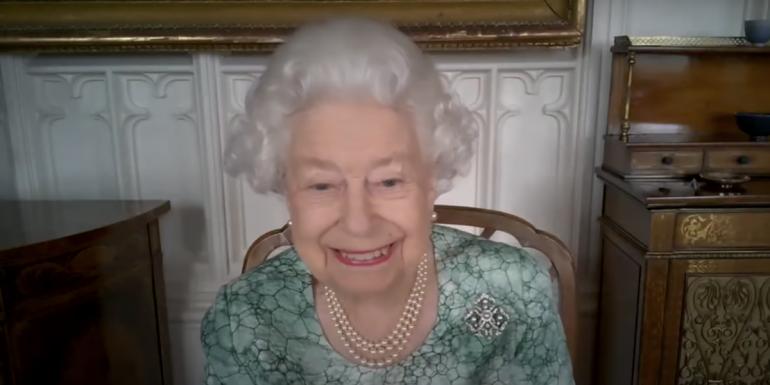 Queen Elizabeth's response to Mars photos taken by NASA's rover