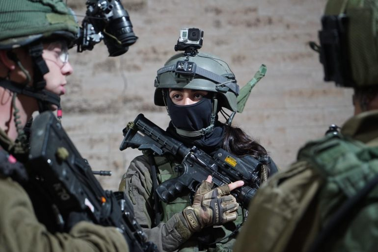 The combat units in Sahal welcome many French youth.  - Israel Valley