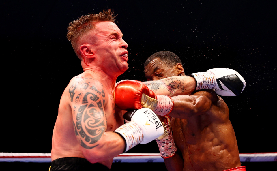 Herring caught Frampton with some deadly uppercuts