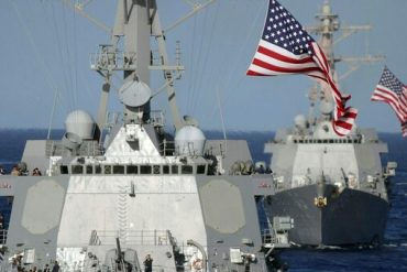 US warships in the Black Sea respond to Russia, which has not deployed more troops on the Ukrainian border since 2014
