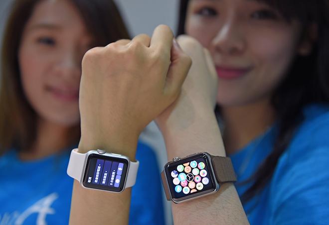 Good news for Apple Watch Vietnam users - 3