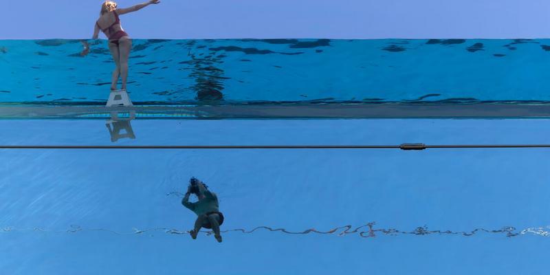The pool is 25 meters by 10 floors between two buildings in London