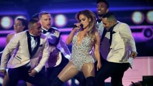 Jennifer Lopez Bee Den MTV Music Award 2018