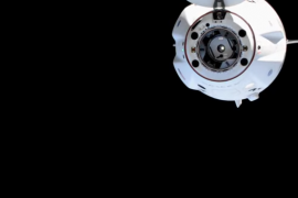 Four astronauts targeted a dragon on Monday morning