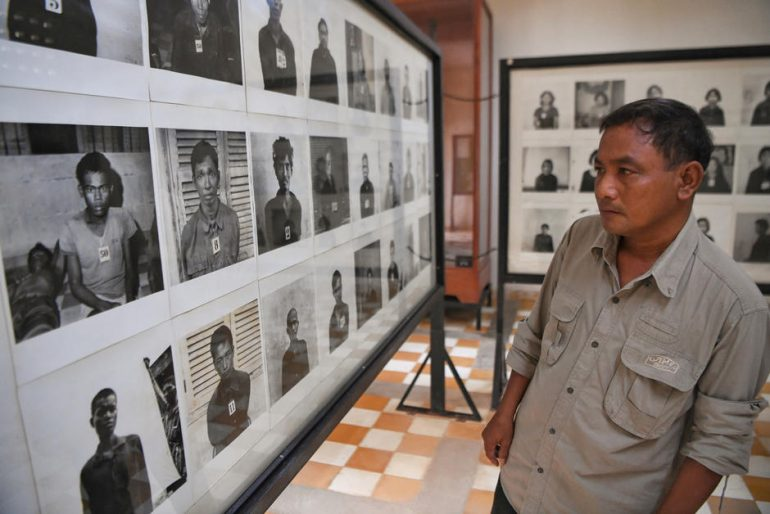 Photographer hijacks pictures of German Rouge S-21 prisoners killed