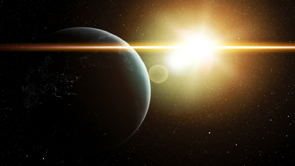 A sunlight twice as wide as the Earth