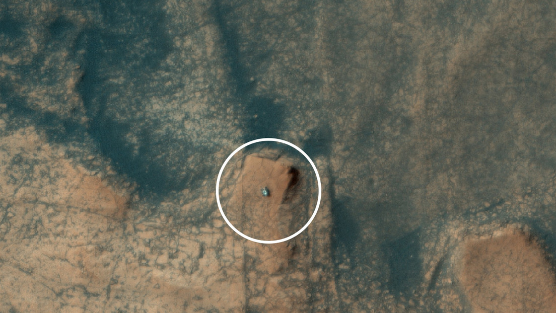 NASA's Curiosity rover captures rock formation from space