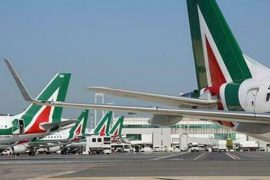 "Alitalia paid April's salary twice, tomorrow and Tuesday.  Westager: ""Avoid irrevocable choices"""
