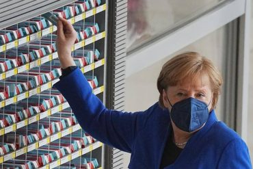 Anti-Kovid vaccine patents, Merkel Biden line hijacked and biotech-courier.it heads call