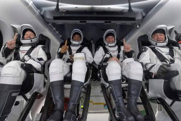 Four astronauts describe their return to Earth using SpaceX