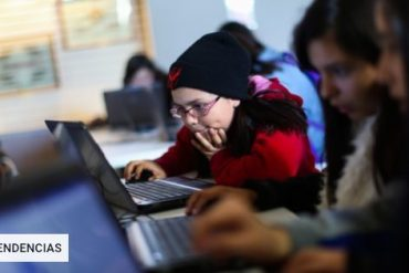 Technology will be part of a pioneering initiative for more than 60 girls to experience science at Antofagasta
