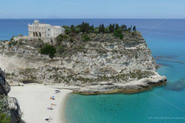 """Will Calabria save tourism as a """"land of the fathers"""", a place for immigrants?"""