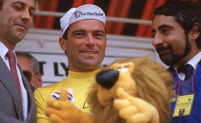Photo from the podium at Plumeleck, stage winner and yellow jersey, Bernard Hinault.  © Western France Archives