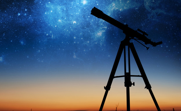 Telescope (Photo: Daphna Emeron, Shutterstock)