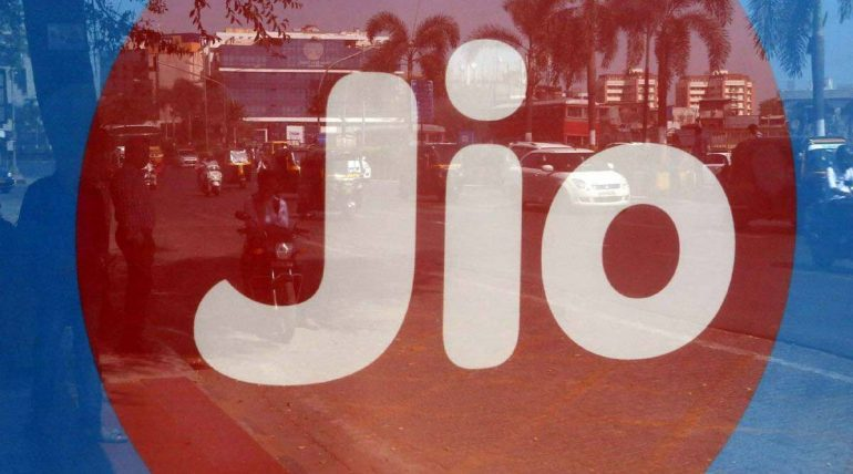 Reliance Jio Rs 98 Recharge plan returns with reduced validity Tamil News